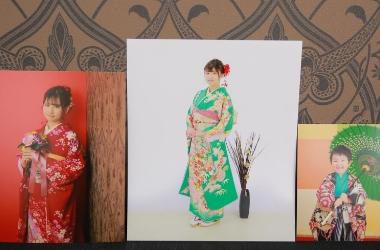 四ツ切写真・・・8,500円(+税)